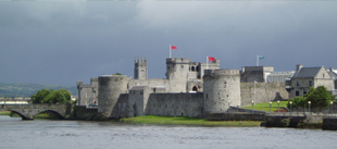 visit king johns caslt while at bunratty castle